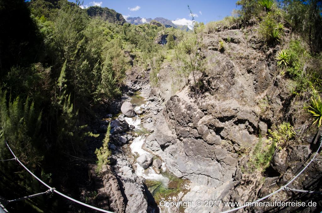 Schlucht auf La Réunion - www.immeraufderreise.de