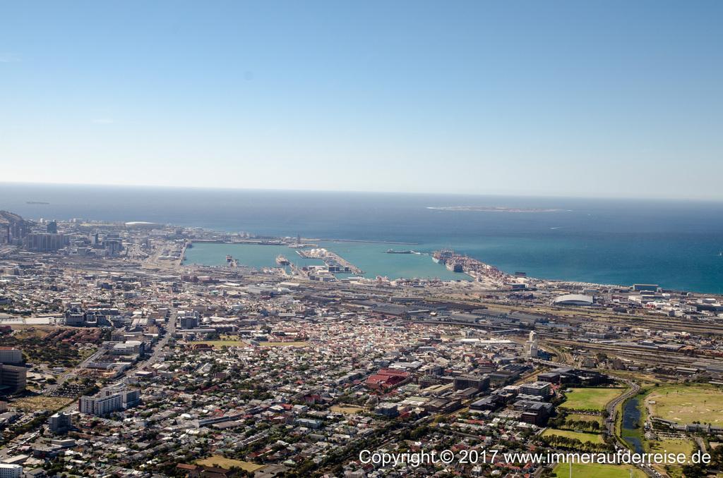 Im Hubschrauber über Kapstadt - www.immeraufderreise.de
